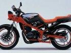 Suzuki GSX 400X Impulse